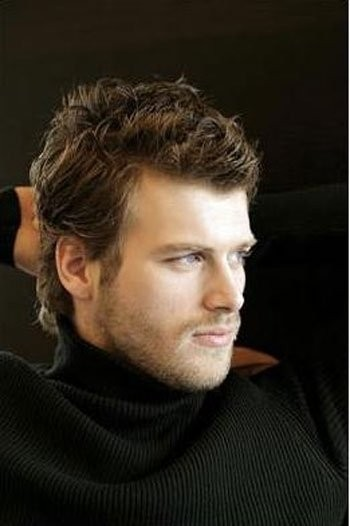 Kivanc Tatlitug Photo