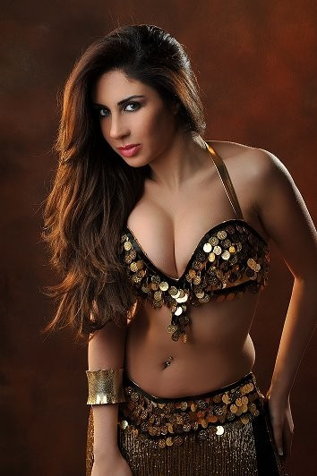 Hot and sexy belly dance