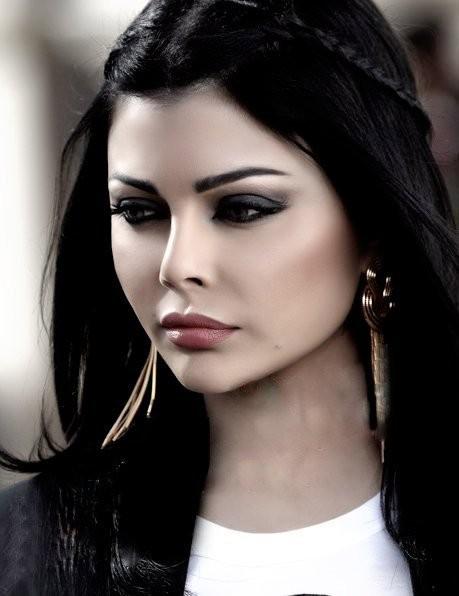 Haifa Wehbe photo