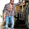 Waleed Sokkar in casual jeans look photo